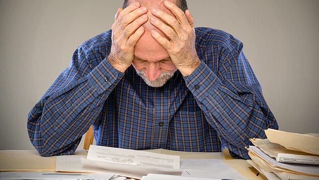 Ein Drittel kommt mit Geld nicht über die Runden (Bild: thinkstockphotos.de (Symbolbild))