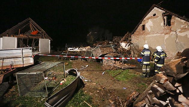 Stmk: Vater und Sohn bei Hausexplosion getötet (Bild: APA/Erwin Scheriau)