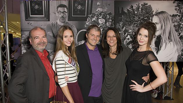 Heli Dungler, Julia Furdea, Manfred Baumann, Vera Russwurm und Roxanne Rapp (Bild: Vier Pfoten/Tibor Rauch)