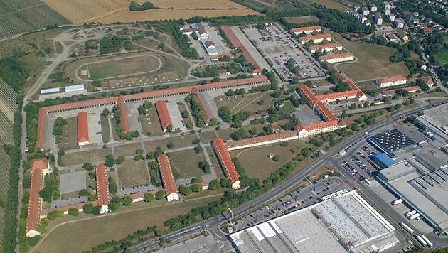 Luftaufnahme der zum Verkauf angebotenen Martinek-Kaserne (Bild: sivbeg.at)