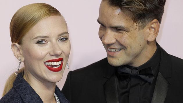 Scarlett Johansson lernte ihren Romain Dauriac in einem Tattoo-Studio kennen.
