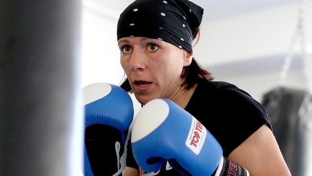 Nicole Trimmel gewinnt EM-Gold im Leichtkontakt (Bild: APA/GEORG HOCHMUTH)