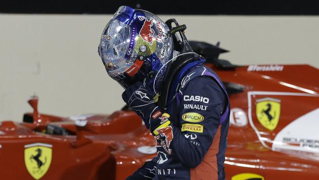 Sebastian Vettel muss aus der Boxengasse starten (Bild: AP)