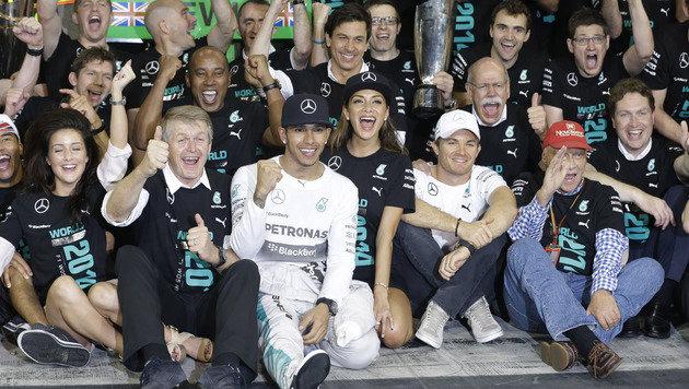 So feierte Lewis Hamilton seinen WM-Titel (Bild: AP)