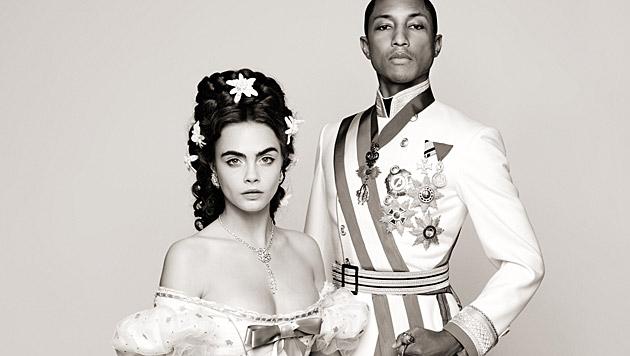 Cara Delevingne und Pharrell Williams werden zu Sisi und Franz Josef. (Bild: Chanel/Karl Lagerfeld)