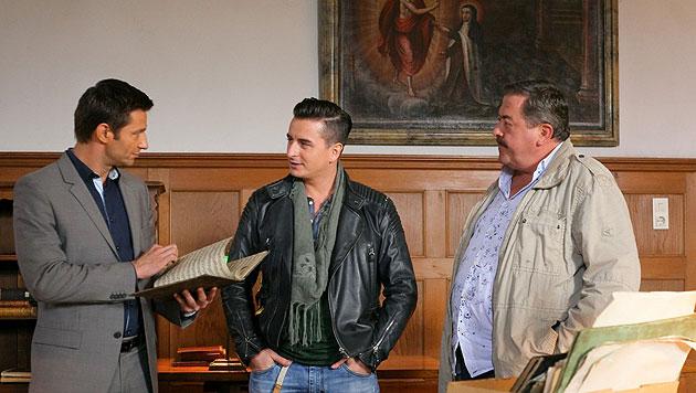 """Andreas Gabalier hat in dieser Folge der """"Rosenheim-Cops"""" (ZDF) sein Debüt als Serienstar. (Bild: ZDF/Bavaria Fernsehprod./Christian A. Rieger)"""