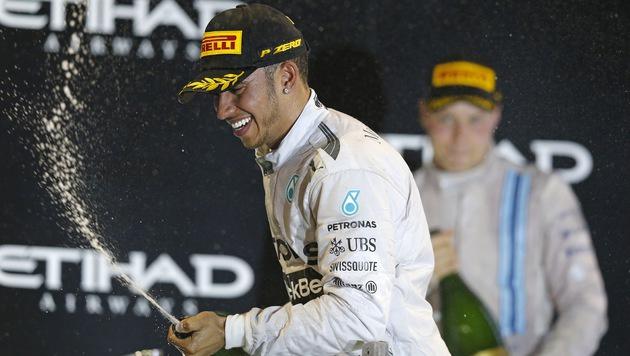 So feierte Lewis Hamilton seinen WM-Titel (Bild: AP/Luca Bruno)