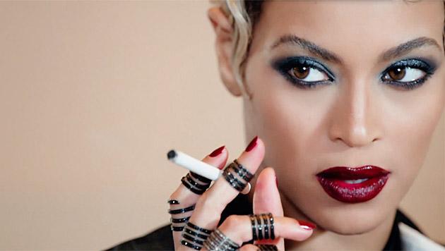 Beyonce hat die Verführerrolle einfach drauf. (Bild: YouTube.com)
