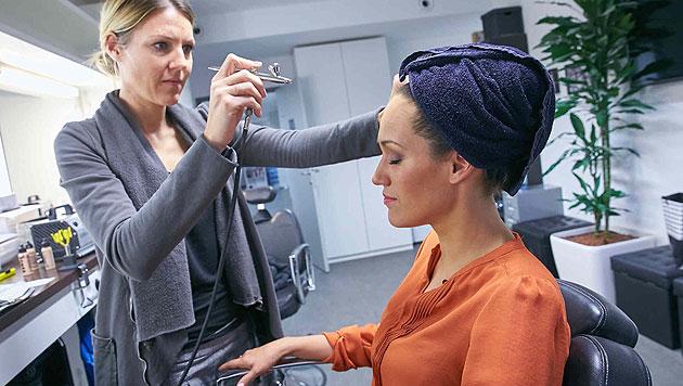 Make-up-Test: Beim Finale am 4. 12. wird nichts dem Zufall überlassen. (Bild: Alexander Tuma/Starpix)