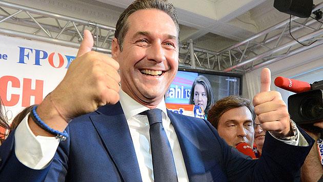 Strache träumt laut von Platz eins bei Wien-Wahl (Bild: APA/Helmut Fohringer)