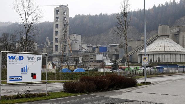 Das Zementwerk Wietersdorfer im Görschitztal (Bild: APA/GERT EGGENBERGER)