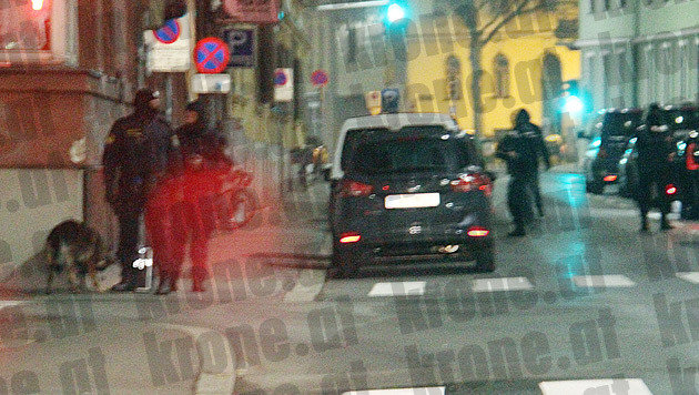 Zugriff in Graz (Bild: Christian Jauschowetz)