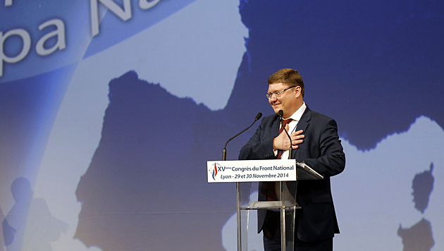 Weiterer Ehrengast der Nationalfront in Lyon: der Vizepräsident der russischen Duma, Andrei Issaiew (Bild: AP)