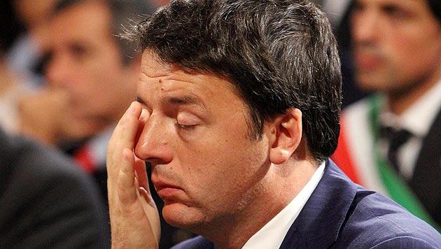 Bei Schlappe für Renzi droht Euro die finale Krise (Bild: APA/EPA/PIETRO CROCCHIONI)
