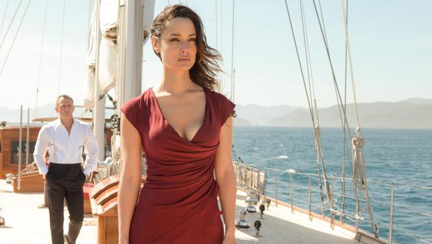 "Berenice Marlohe in ""Skyfall"" (Bild: EPA)"