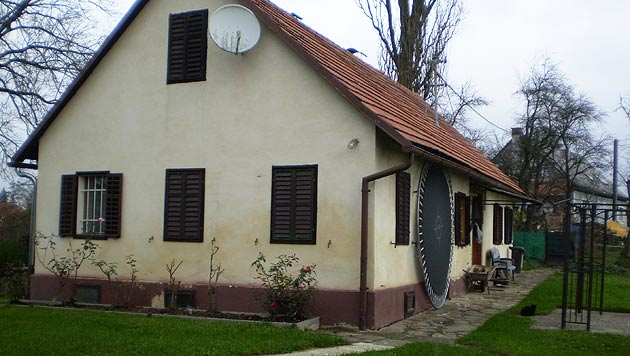In diesem abgeschiedenen Haus in der Steiermark muss sich Dr. Kühnel derzeit abschotten. (Bild: Michael Kühnel)