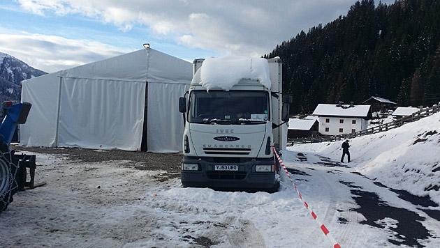 Die Zelte für die Crew stehen schon. (Bild: Martina Holzer)