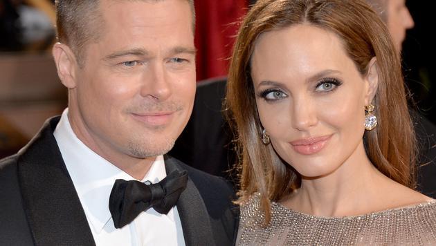 Nach Jahren der Verlobung schlossen Brad Pitt und Angelina Jolie im Geheimen den Bund fürs Leben. (Bild: AFP)