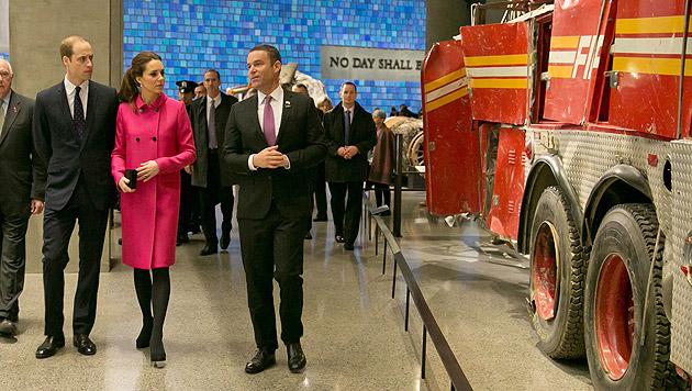 Kate und William besuchten 9/11-Denkmal in NY (Bild: APA/EPA/RICHARD DREW)