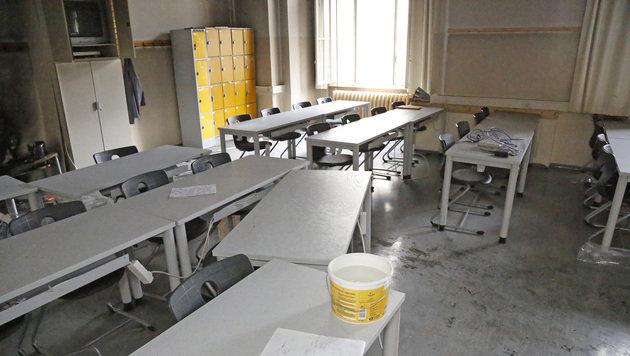 In diesem Klassenzimmer brach der Brand aus. (Bild: Martin A. Jöchl)