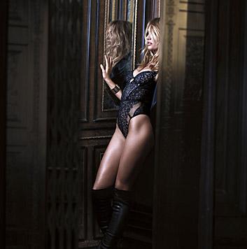 Candice Swanepoel (Bild: Victoria's Secret)