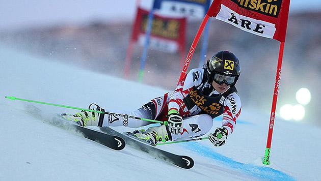 Wieder am Stockerl: Eva-Maria Brem in Are Dritte (Bild: AP)