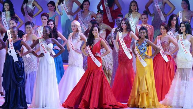 "Die Finalistinnen der ""Miss World""-Wahl (Bild: APA/EPA/FACUNDO ARRIZABALAGA)"