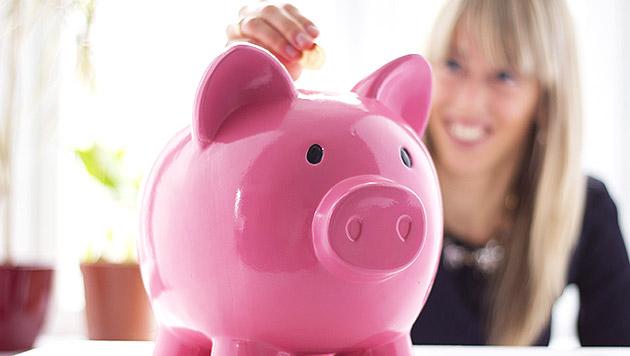13 Prozent der Österreicher horten ihr Geld daheim (Bild: thinkstockphotos.de)