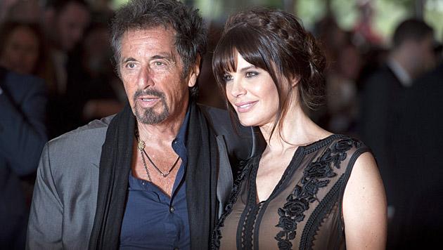 Al Pacino und seine Freundin Lucila Solá (Bild: APA/EPA/WILL OLIVER)