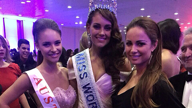 """""""Miss Austria"""" Julia Furdea mit """"Miss World"""" Rolene Strauss und Silvia Schachermayer (Bild: Miss Austria Corporation)"""
