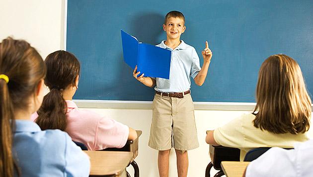 So bewältigt Ihr Kind sein erstes Schulreferat (Bild: thinkstockphotos.de)