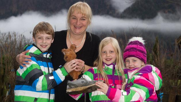 Familie Brawisch freut sich über den tierischen Besuch. (Bild: Neumayr/BP)