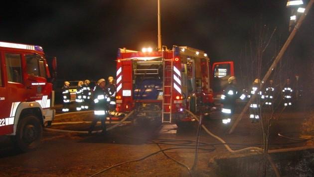 Die Einsatzkräfte hatten den Brand rasch unter Kontrolle. (Bild: FF Metnitz)