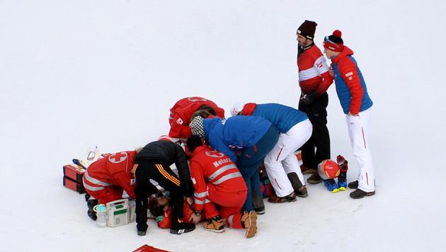 Christoph Bieler bei Probesprung schwer gestürzt (Bild: APA/ROLAND SCHLAGER)