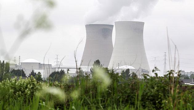 Das Atomkraftwerk Doel (Bild: EPA/Julien Warnand/picturedesk.com)