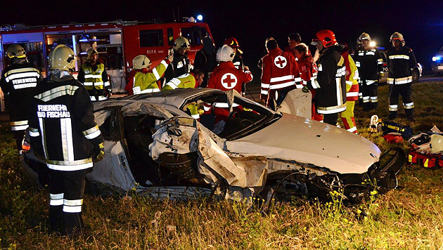 300-PS-Bolide bei Unfall durch Luft katapultiert (Bild: ED/Lechner)