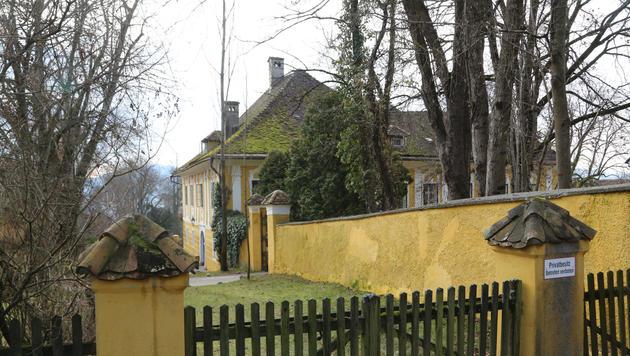 Das verträumte Schloss Ottmanach, in dem Udo Jürgens mit zwei Brüdern aufwuchs. (Bild: Uta Rojsek-Wiedergut)