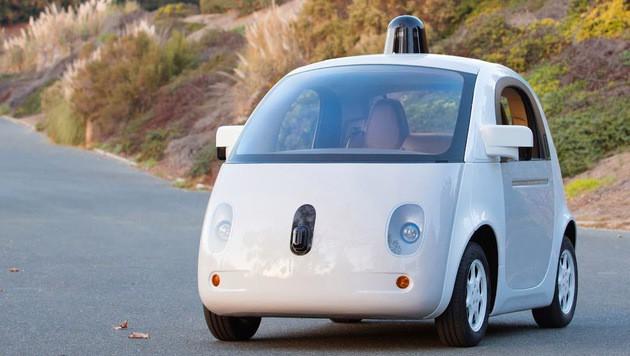 """""""Roboterwagen werden Autoindustrie umkrempeln"""" (Bild: Google)"""