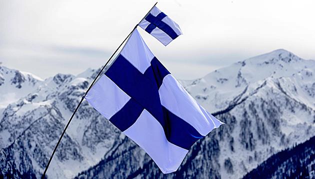 Nur mehr Ex-Weltklasse: Finnen springen hinterher (Bild: APA/EPA/FILIP SINGER)