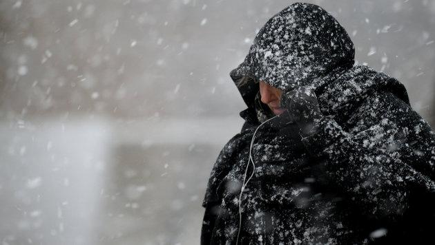 Winterlich und kalt geht das Jahr 2014 zu Ende (Bild: APA/dpa/Ralf Hirschberger)