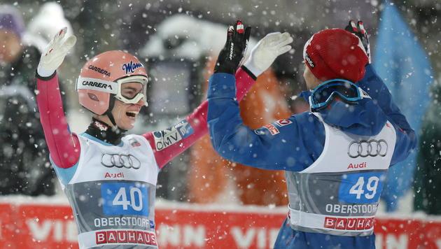 Kraft siegt vor Hayböck bei Tournee in Oberstdorf (Bild: APA/EPA/DANIEL¦KARMANN)