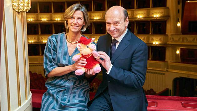 Ohne Vorsätze, aber mit Vorfreude auf 2015: Desirée Treichl Stürgkh und Dominique Meyer. (Bild: Alexander Tuma)