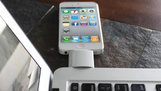 Dieses Gadget erweitert den Speicher von iPhones (Bild: thepower.company/ipocket-drive)
