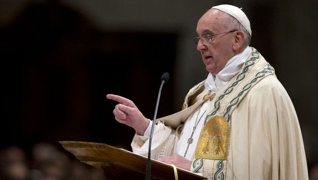 Am Silvesterabend hatte der Papst zu mehr Solidarität mit den Bedürftigen aufgerufen. (Bild: AP)