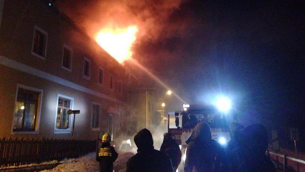 Feuer in Asylheim: Flüchtling als Brandstifter (Bild: Einsatzdoku.at)