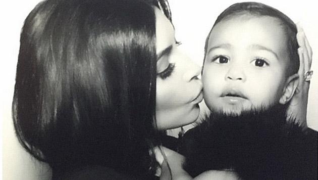 Kim Kardashian retuschiert offenbar die Fotos von North. (Bild: instagram.com/kimkardashian)