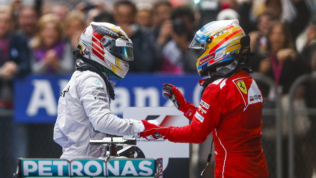 Mercedes: Wenn Hamilton geht, soll Alonso kommen! (Bild: APA/EPA/DIEGO AZUBEL)
