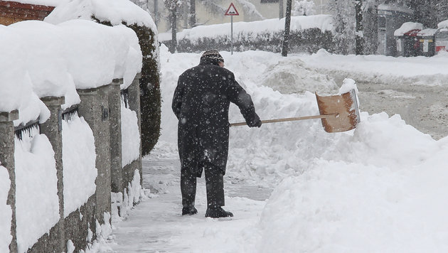 Heftige Sturmfront bringt Schneemassen zurück (Bild: MARKUS TSCHEPP)
