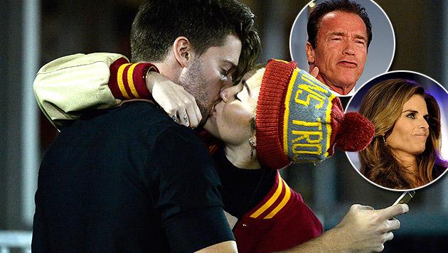 Arnold Schwarzenegger und Maria Shriver arrangieren sich mit der umtriebigen Freundin des Sohnes. (Bild: AFP, AP, APA/EPA/Paul Buck)