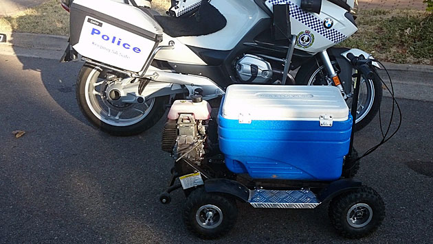 Die von der Polizei konfiszierte, motorisierte Kühlbox (Bild: APA/EPA/South Australia Police)